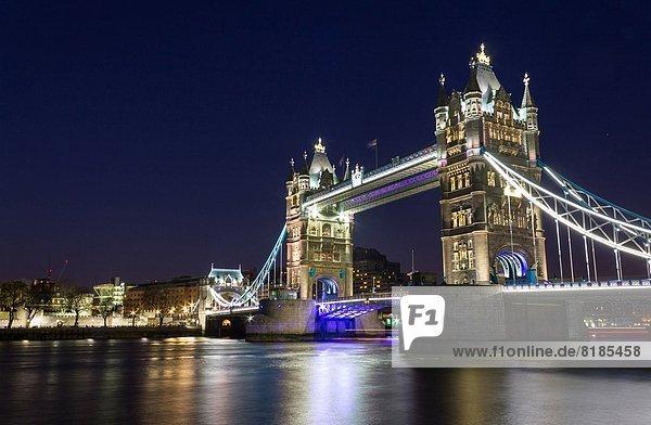 Großbritannien  England  London  die Tower Bridge