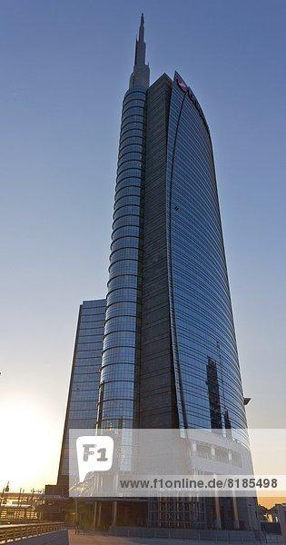Italien  Lombardei  Mailand  Porta Nuova Garibaldi Turm von Cesar Pelli  Gae Aulenti Platz entworfen