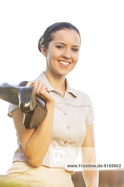 Pumps  hoch  oben  Portrait  Geschäftsfrau  Fröhlichkeit  Himmel  halten  jung