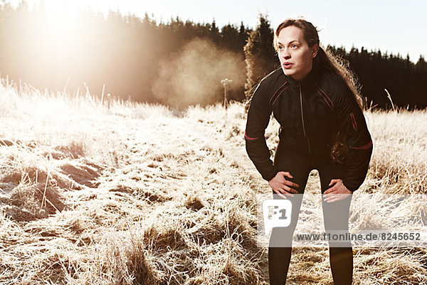 Frau  beugen  Sportkleidung