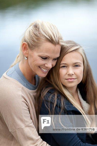 Portrait  See  Tochter  Mutter - Mensch