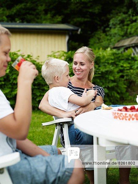 Entspannung  Sohn  Garten  2  Mutter - Mensch