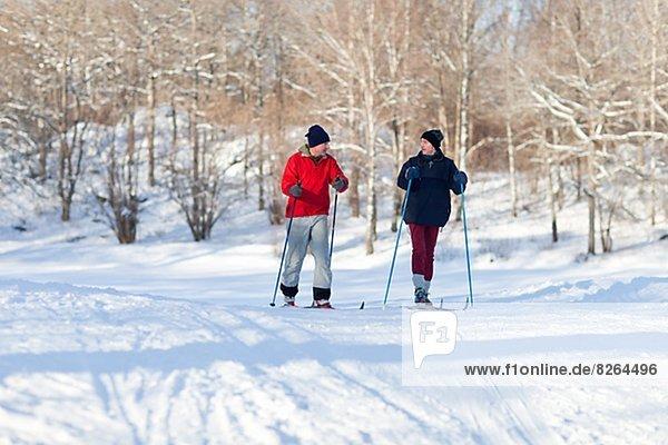 überqueren  Mann  Skisport  2  Kreuz