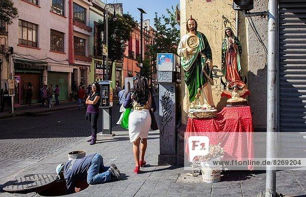 Mexico-Stadt  Hauptstadt  Städtisches Motiv  Städtische Motive  Straßenszene  Straßenszene  Mexiko