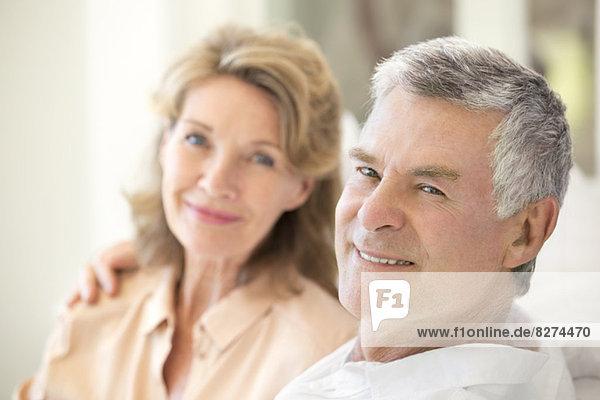 Porträt von lächelnden Senior Paar