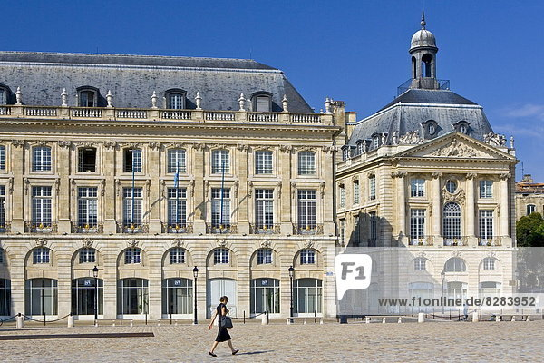 Frankreich  Engagement  Monarchie  Palast  Schloß  Schlösser  Nostalgie  König - Monarchie  Bordeaux  Place de la Bourse