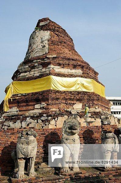 Temple ruin in Ayutthaya