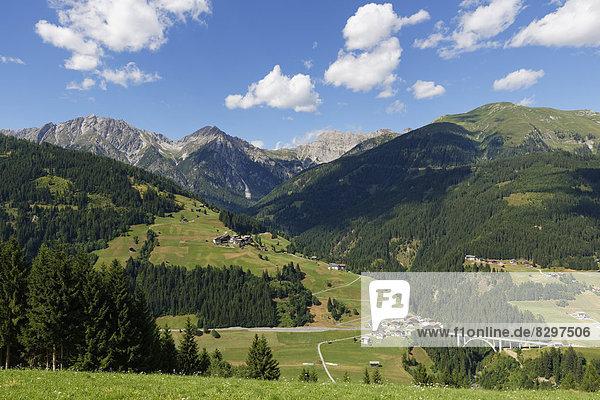 Österreich  Kärnten  Karnische Alpen  Leschatal  Dorf Xaverlberg