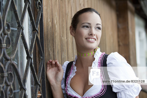 Frau Dunkelhaarig