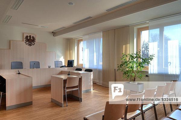 Saal im Bezirksgericht Baden bei Wien  Österreich
