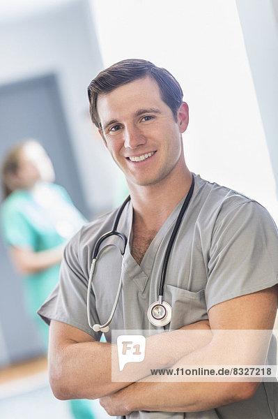 Korridor  Korridore  Flur  Flure  Portrait  Arzt  Krankenhaus