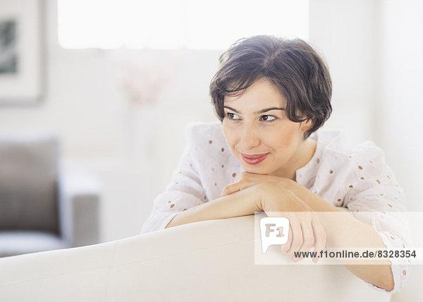Portrait  Frau  tagträumen  jung