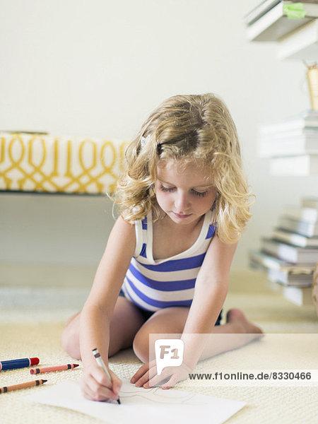 sitzend  Boden  Fußboden  Fußböden  Zeichnung  5-6 Jahre  5 bis 6 Jahre  Mädchen