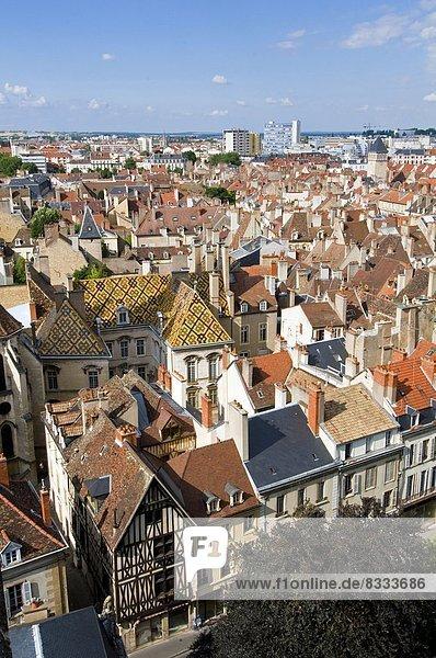 Dach  Großstadt  Turm  gute Nachricht  gute Nachrichten  Dijon