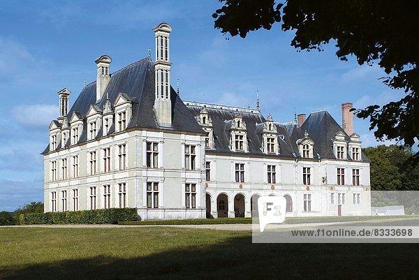 Palast  Schloß  Schlösser  Tal  Loire
