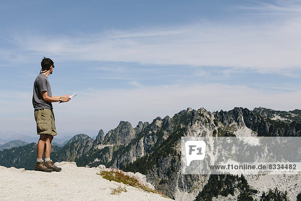 Berg  Berggipfel  Gipfel  Spitze  Spitzen  wandern