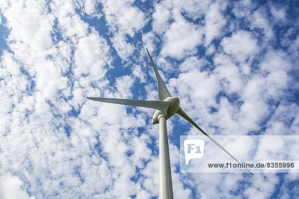 Windturbine Windrad Windräder Wolke Himmel Deutschland Werl Nordrhein-Westfalen