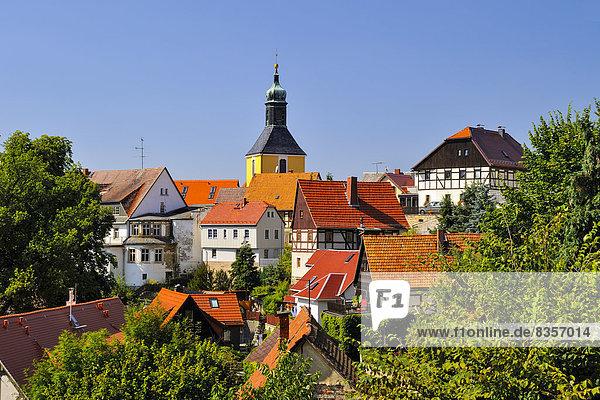 Deutschland  Sachsen  Hohnstein  Stadtbild mit Pfarrkirche
