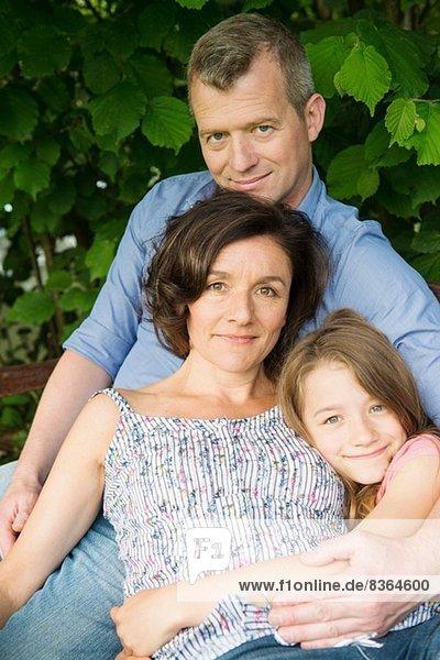Porträt einer Familie mit Tochter