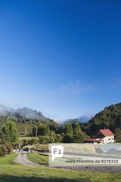 Nationalpark arbeiten Bauernhof Hof Höfe Tal Lodge Landhaus blau Entdeckung Ente neu Neuseeland