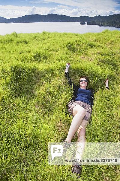 Entspannung  Insel  Gras  Mädchen  Neuseeland  Weichheit  dicht