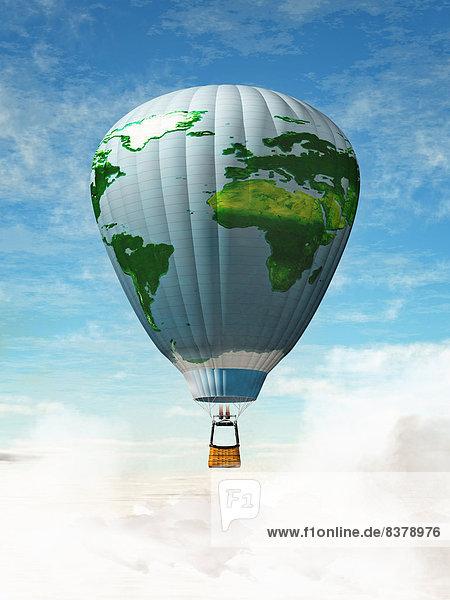 Weltkarte auf Heißluftballon am Himmel Weltkarte auf Heißluftballon am Himmel
