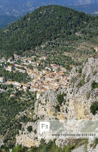 Luftbild von Peille  Provence  Frankreich