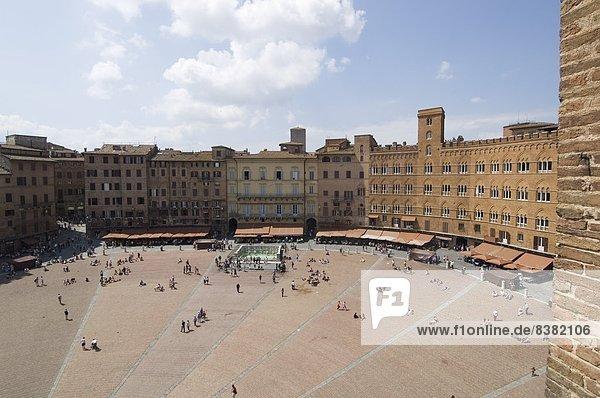Blick auf die Piazza del Campo  Siena  UNESCO World Heritage Site  Toskana  Italien  Europa