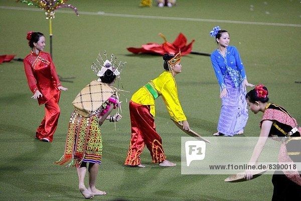 Tradition  zeigen  tanzen  Reichtum  Kostüm - Faschingskostüm  Kultur  Erbe  Malaysia  Sarawak