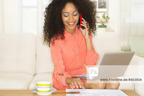 Frau  Internet  kaufen  mischen  Mixed