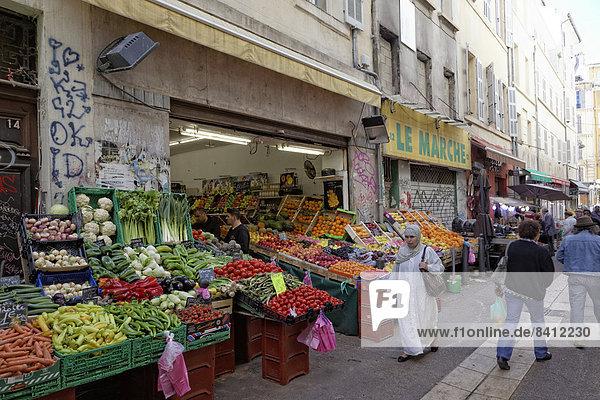 Marché des Capucins im Stadtviertel Noailles  Zentrum Altstadt  Marseille  Département Bouches-du-Rhône  Region Provence-Alpes-Côte d?Azur  Frankreich