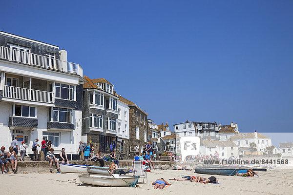 UK  United Kingdom  Europe  Great Britain  Britain  England  Cornwall  St. Ives  Coast  Coastal  Harbour  Harbours  Seaside  Beach  Beaches  People  Sunbathing  Sunbathers
