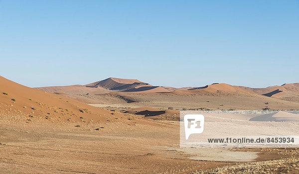 Dünenlandschaft  Sossusvlei  UNESCO Weltnaturerbe  Namib-Wüste  Namibia