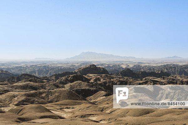 Moon Valley  von Erosion zerfurchte Felsen  Namib-Naukluft-Park  Namib-Wüste  Namibia