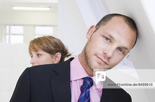 Frau  Mann  Hemd  Hintergrund  pink  jung