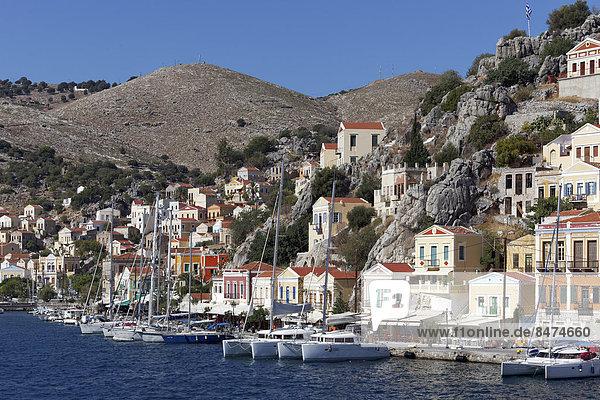 Hafen Lifestyle Gebäude Stadt Sehenswürdigkeit Dodekanes Griechenland Symi