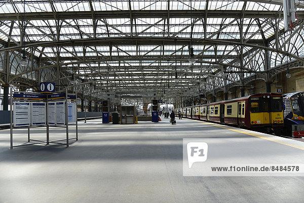 Gleishalle  Hauptbahnhof  Glasgow  Schottland  Gro_britannien