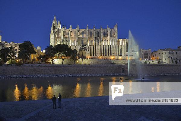 La Seu Cathedral  Palma Cathedral  at dusk  Palma  Majorca  Balearic Islands  Spain