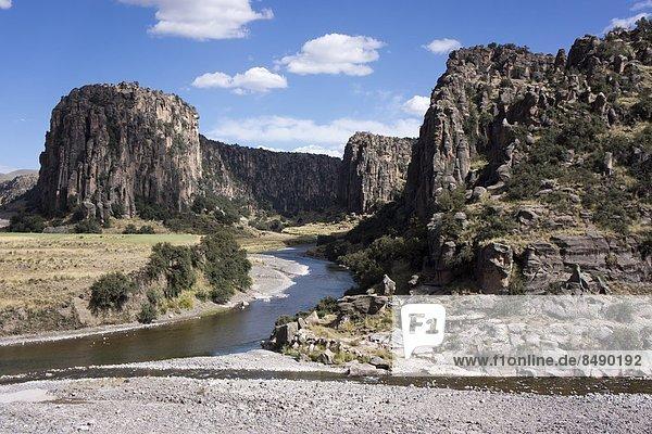 Fluss  Peru  Südamerika