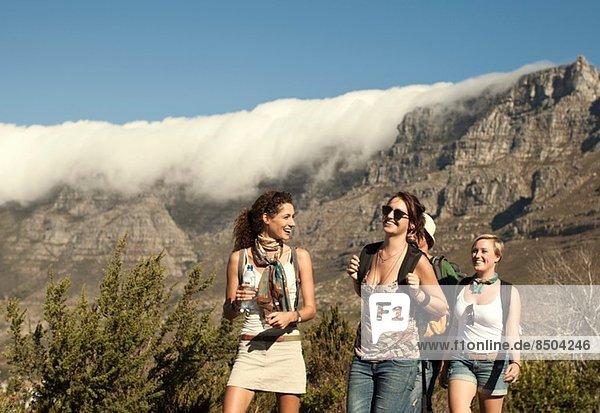 Freunde Backpacking  Tafelberg  Kapstadt  Südafrika