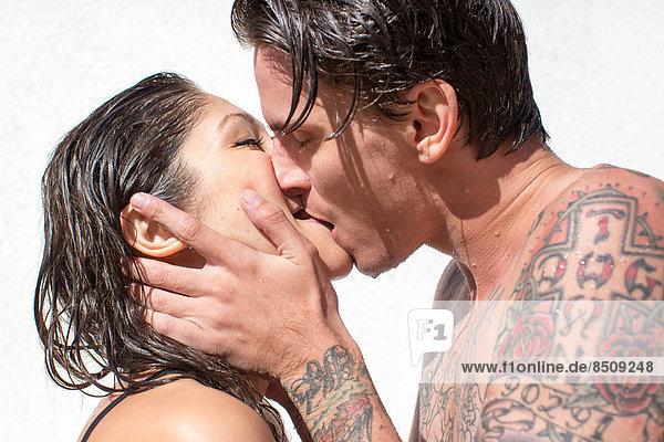 hoch  oben  nahe  nass  küssen  jung  Haar