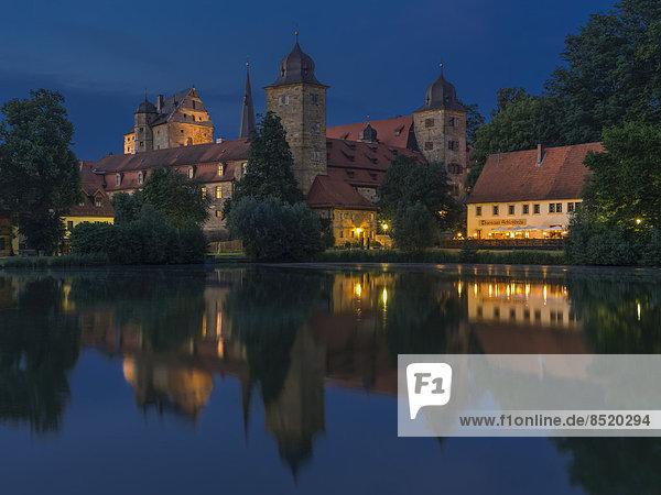 Germany  Baßaria  Upper Franconia  ßiew of Thurnau Castle by night