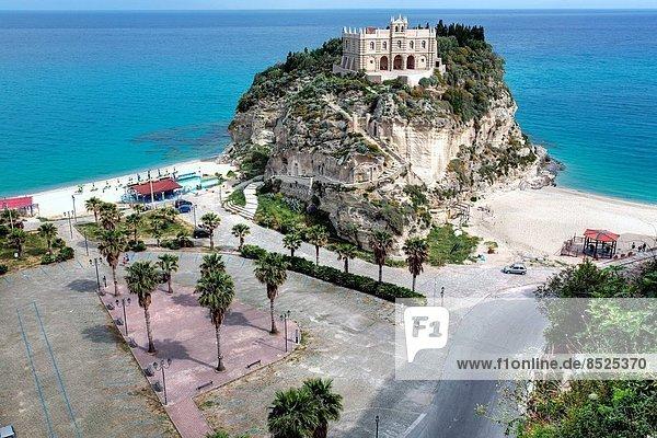 Kirche Kalabrien Italien Tropea