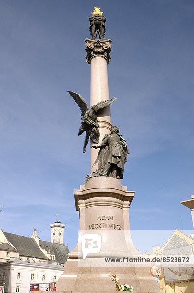 Adam-Mickiewicz-Denkmal  Altstadt  Lemberg  Oblast Lwiw  Ukraine