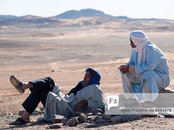 Mann  Entspannung  Wüste  Marokko  Berber