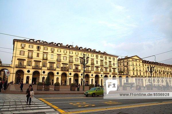 Europa Quadrat Quadrate quadratisch quadratisches quadratischer Mittelpunkt Platz Geographie Venetien Italien Piemont Turin