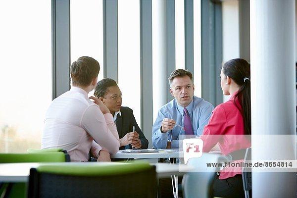 Geschäftskollegen im Meeting