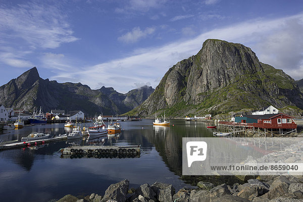 Sheltered harbour and high mountains  Lofoten  Hamnøya  Nordland  Norway