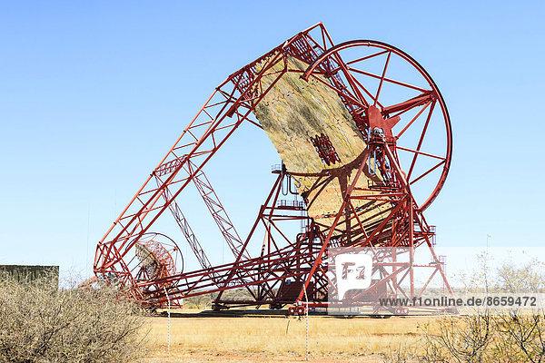 Teleskope einer Anlage zur Erforschung kosmischer Gammastrahlen  H.E.S.S.  High Energy Stereoscopic System  Farm Göllschau  Khomas-Hochland  Namibia