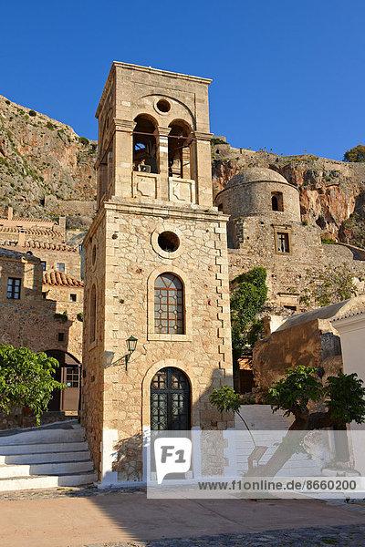 Glockenturm der byzantinischen griechisch-orthodoxen Kirche Christi Elkomenos  Monemvasia  Peloponnes  Griechenland